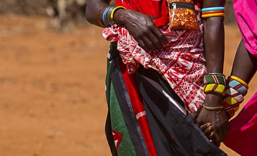 Afrikaanse Masai kralen bestellen in felle kleuren